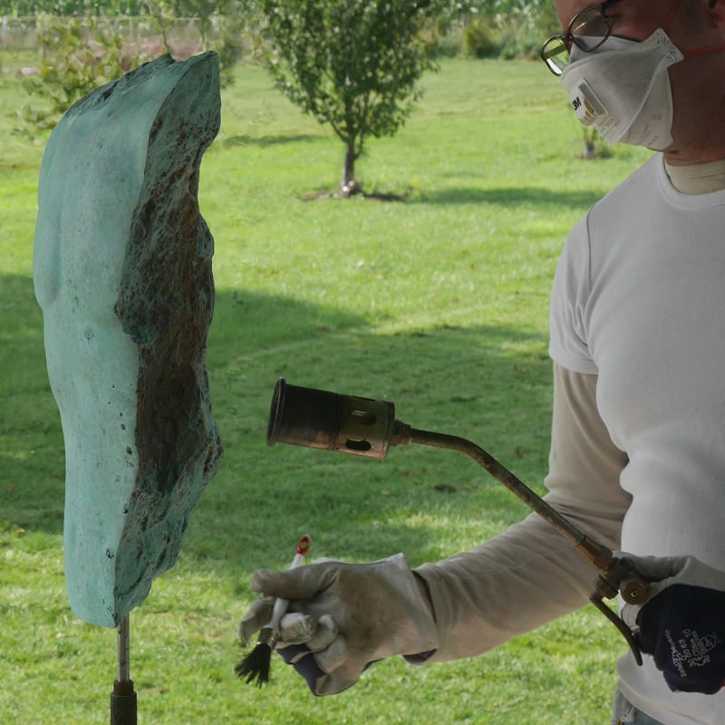 Angelo Moyano beeldhouwer beeld brons