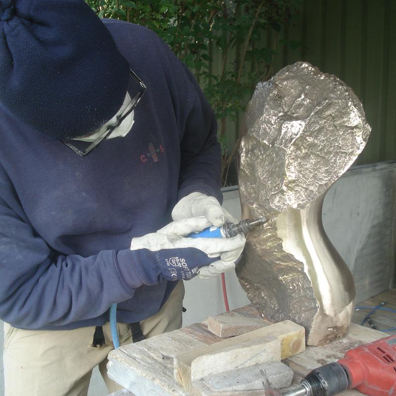 Angelo Moyano beeldhouwer bronzen beeld